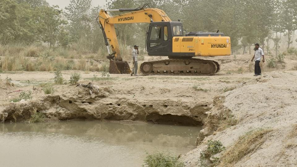 Illegal sand mining,forest department,Punjab government