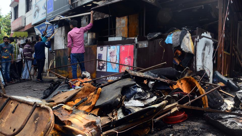 FIRE AND FURY: A tea shop in Yerawada was gutted to the ground after a fire broke out as a result of a leaking gas cylinder on Thursday. No casualties were reported. (Shankar Narayan/HT PHOTO)