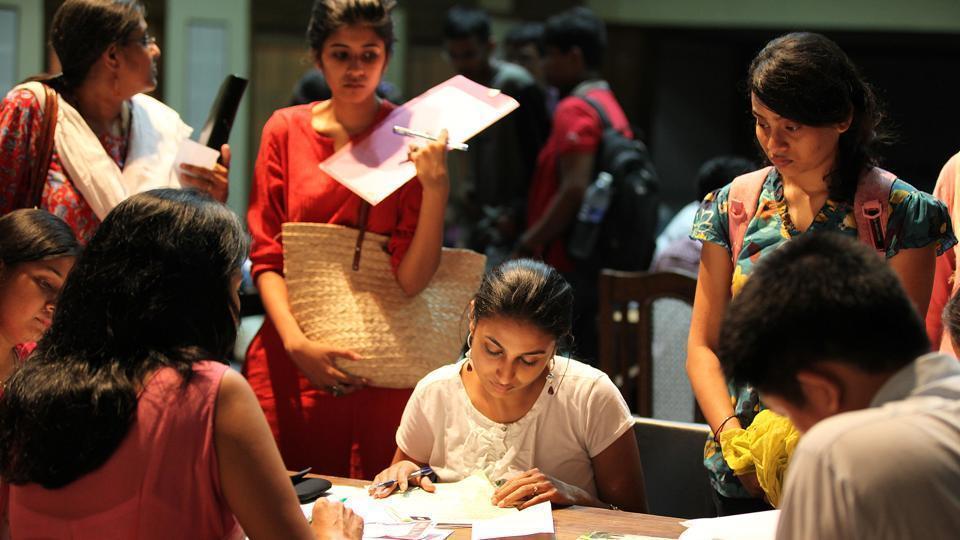 DU first cut-off list,DU admissions,DU colleges