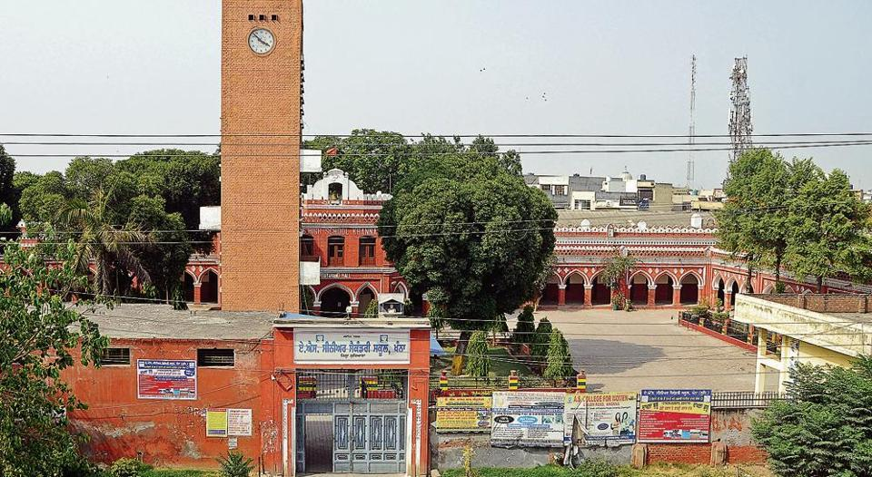 The iconic red brick clock tower, named after former principal Nand Lal Kalra, and adjoining Dayanand Hall with a brass bell and flag atop the AS High School campus are difficult to miss as one drives past Khanna on a flyover on National Highway-1 from Ludhiana towards Patiala.