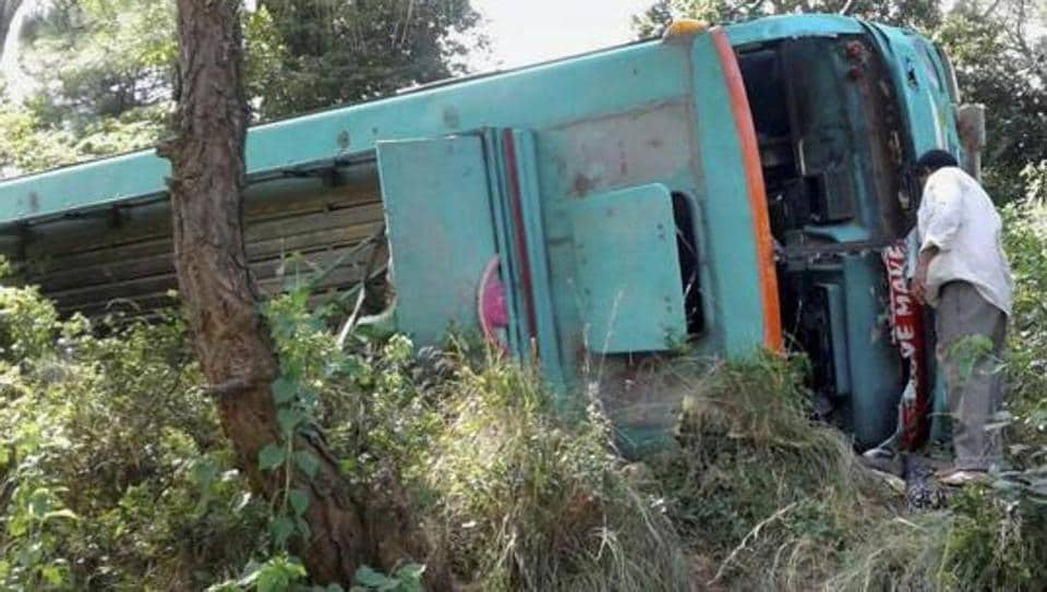 Uttar Pradesh,Bus Accident,Varanasi