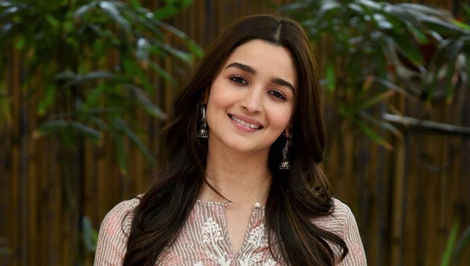 badrinath ki dulhania was layered and difficult says alia bhatt on