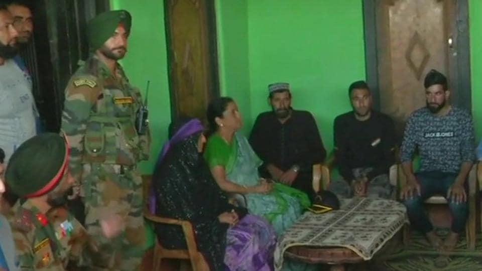 Nirmala Sitharama,Defence minister,Army jawan