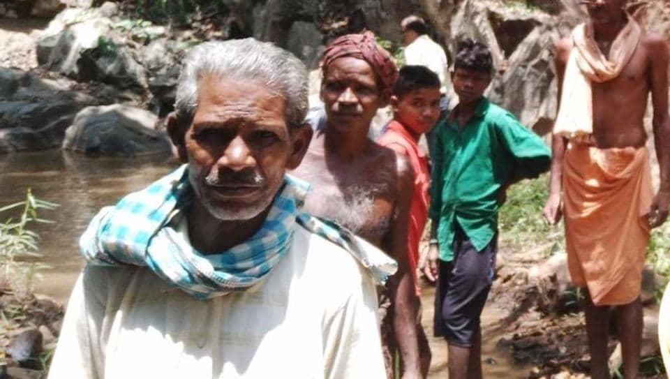 Seventy-five-year-old Daitari Nayak, who started the project on his own, was later joined by his four brothers and eventually helped by other villagers in digging the water channel through the Gonasika mountain in Odisha Keonjhar district.