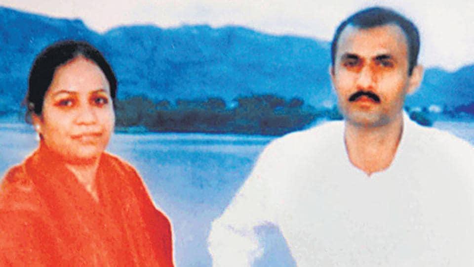 Sohrabuddin Sheikh,Sohrabuddin Sheikh fake encounter case,Tulsiram Prajapati