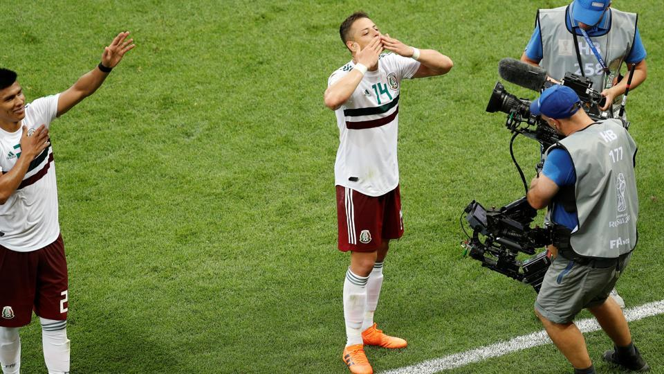 Mexico's Javier Hernandez celebrates victory after the match. (REUTERS)