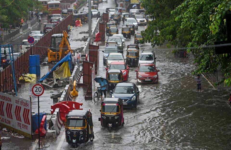 Mumbai monsoon,Monsoon deaths,Mumbai tree fall