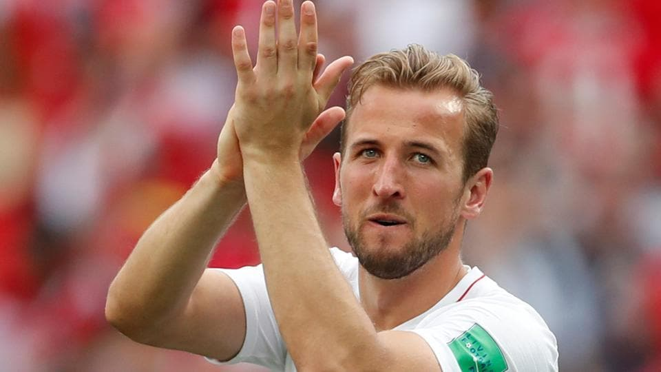 England's Harry Kane applauds fans after the match. (REUTERS)