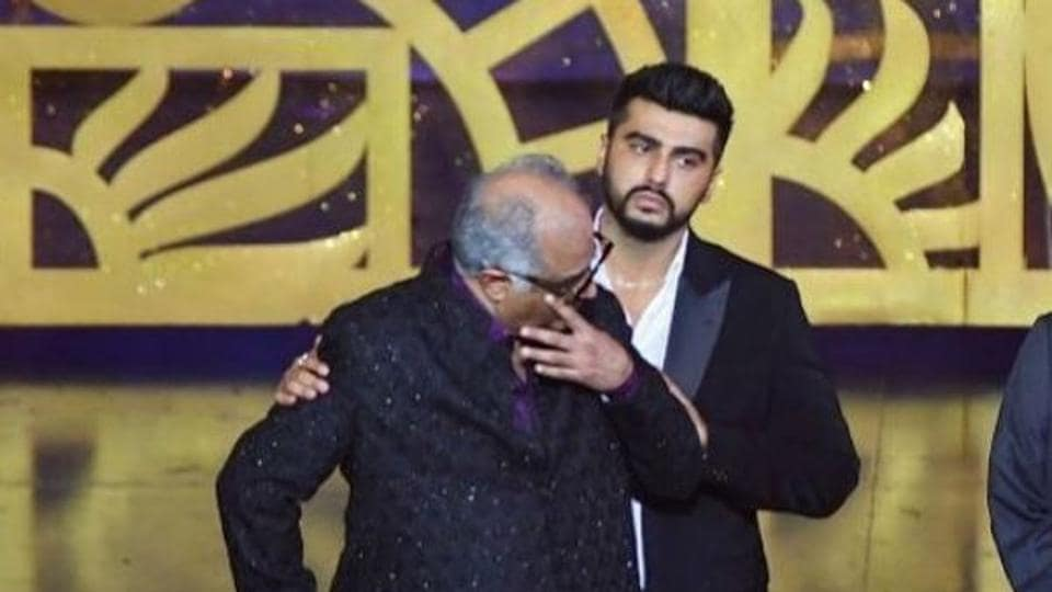 Arjun Kapoor comforts his father BoneyKapoor as he gets teary-eyed missing his late wife and actor Sridevi.