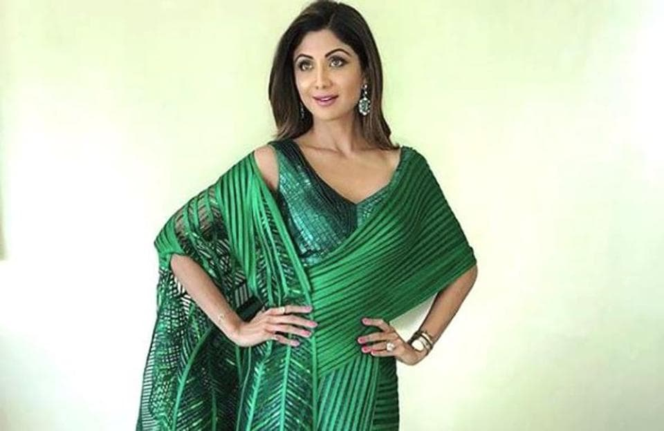 Shilpa Shetty Kundra chose a sleek Amit Aggarwal saree gown with intricate embellishments. (Instagram)