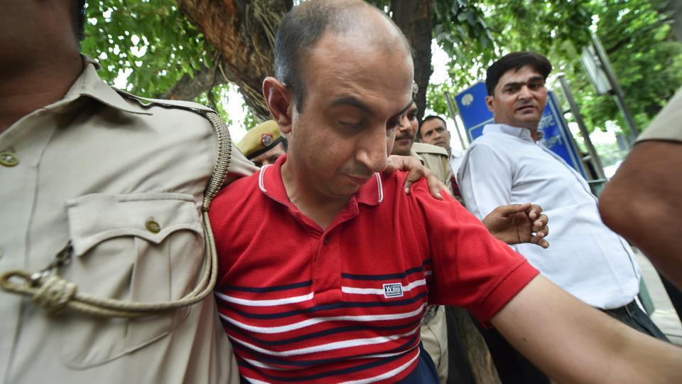 Army Major,Major Nikhil Handa,Army Major kills woman