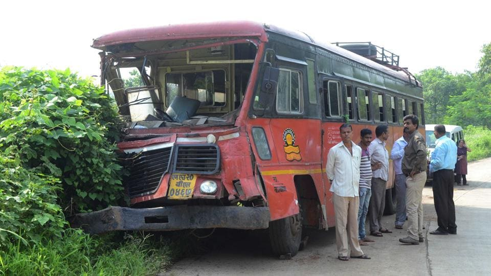 Speeding,state transport bus,caterer