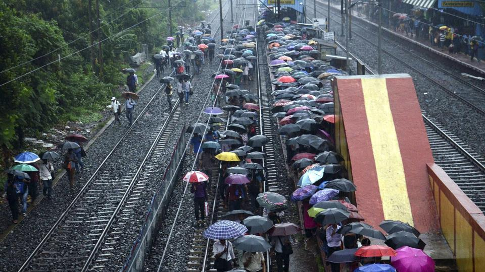 Bengal rains,Kolkata rain,Lightning