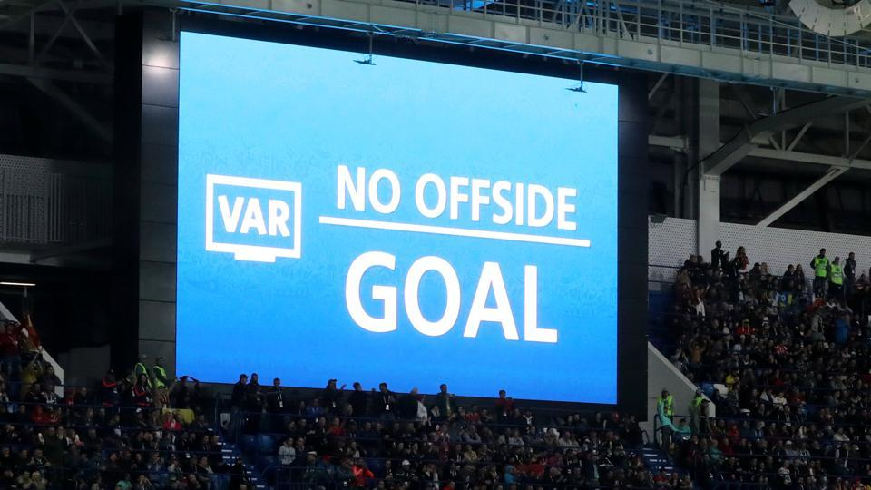 Opinion: VAR review, the never-ending GOAT debate and more | Newslibre.com