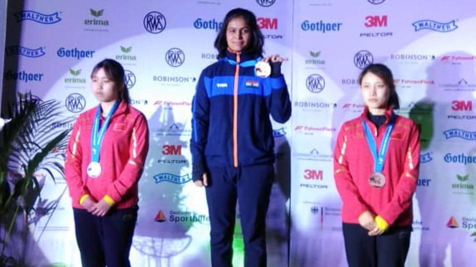 Manu Bhaker after winning the gold medal at the ISSF Junior World Cup .
