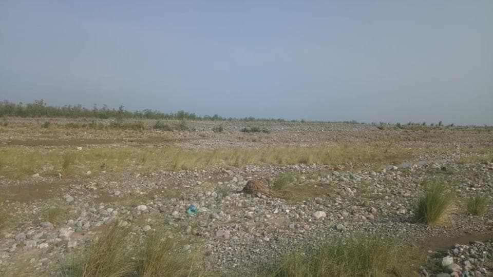 It was estimated that around three lakh cubic metres of riverbed material such as sand, gravel, stones and debris has accumulated on the banks of the Gola river.
