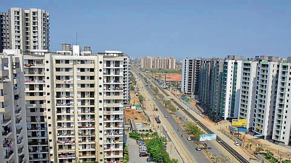 Last fiscal, the total disbursements of housing loans by PSBs and HFCs in 2017-18 also showed a growth of 33 % (Rs 3 lakh crore) as against Rs 3.2 lakh crore in 2016-17.