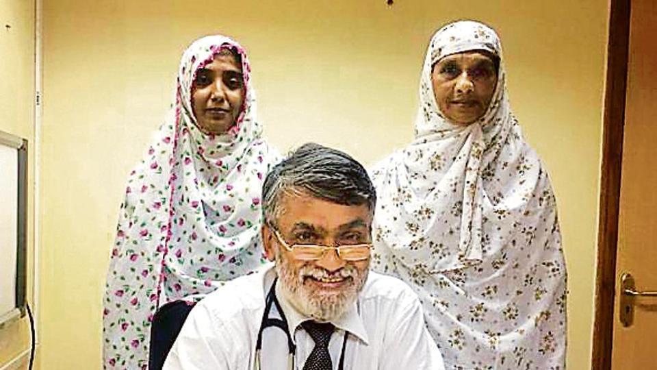 (From left) Nazema Awjein Sayyad, Dr Sriniwas Ambike and Batul Haji Sayyad at a hospital in Pune.