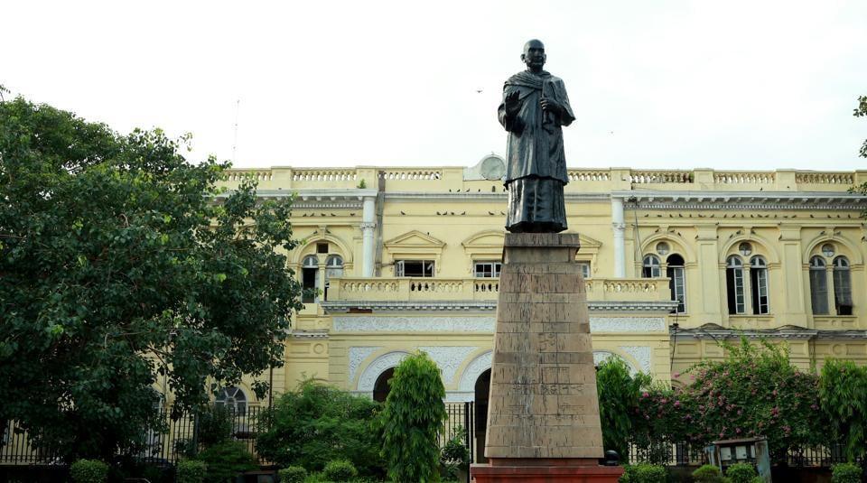 Town Hall,New Delhi,Old Delhi