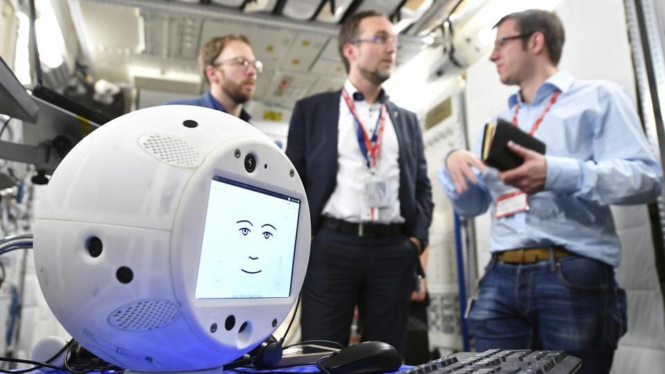CIMON,CIMON AI robot,CIMON AI robot SpaceX