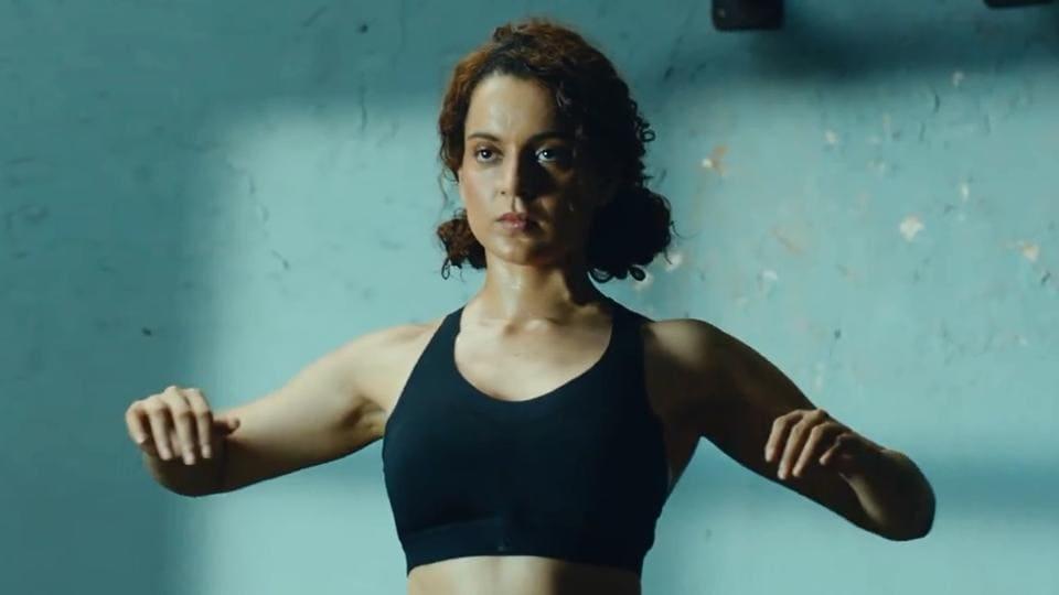 Kangana Ranaut,Kangana Ranaut handstand,Kangana Ranaut upside push-ups
