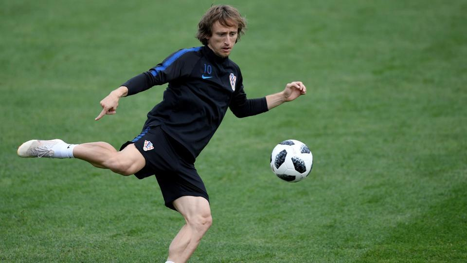 Croatia's midfielder Luka Modric takes part in a training session at the Roschino Arena, outside Saint Petersburg, on June 29, 2018, during the FIFA World Cup 2018.