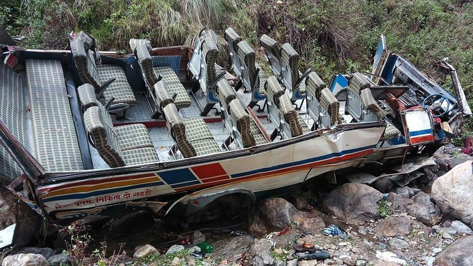 Forty-eight people died and 12 others sustained injuries when a private bus they were travelling in fell into a 100-metre deep gorge near Gween village, close to Dhumakot, in Pauri.