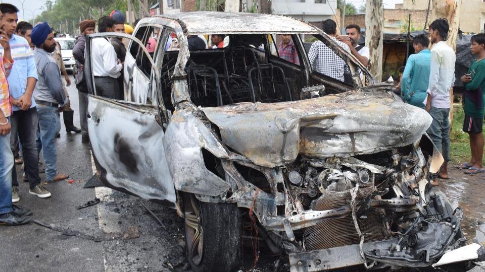 SUV catches fire,accident,Punjab news