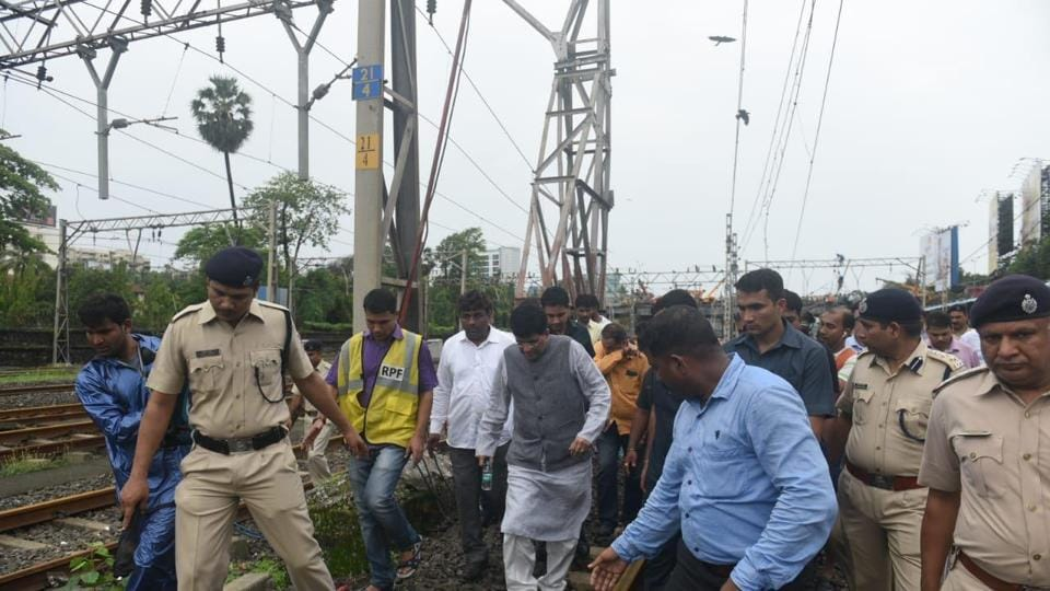 Union minister Piyush Goyal visited the site of the bridge collapse in Andheri. (Image credit: Satyabrata Tripathy/HT)