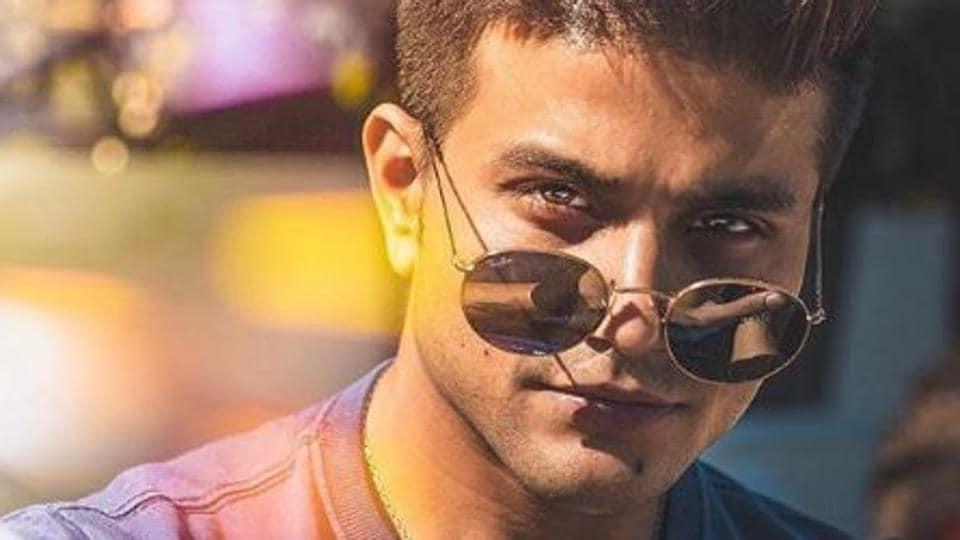 Mustafa,Machine,Bollywood