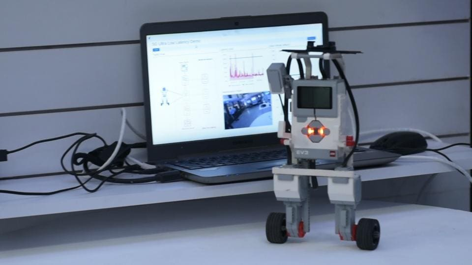 An autonomous robot using 5G data from the cloud could balance itself when connection speeds are at the max.