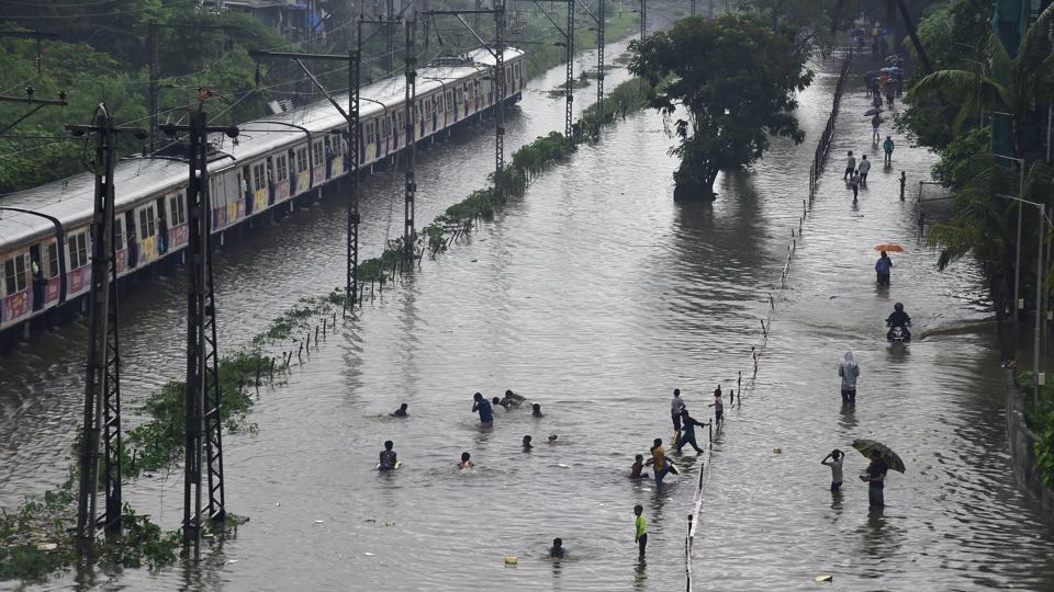 Mumbai rains,Andheri bridge collapse,Mumbai weather