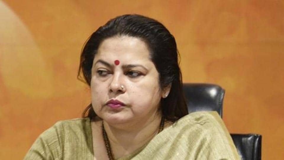 Meenakshi Lekhi said Sushma Swaraj is among those who give protection to others and does not need protection from likes of hers.