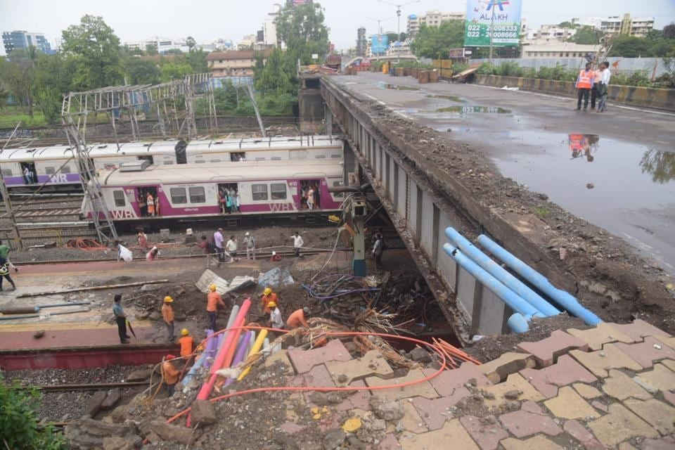 Mumbai,Mumbai train services,Andheri bridge collapse
