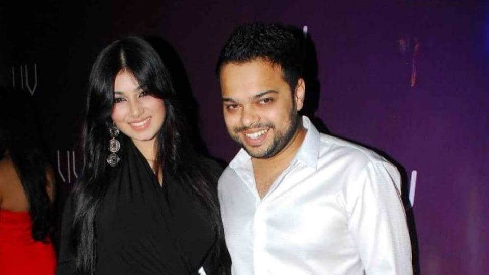 Farhan Azmi Says Wife Ayesha Takia And Other Family Members Are Receiving Threatening Calls