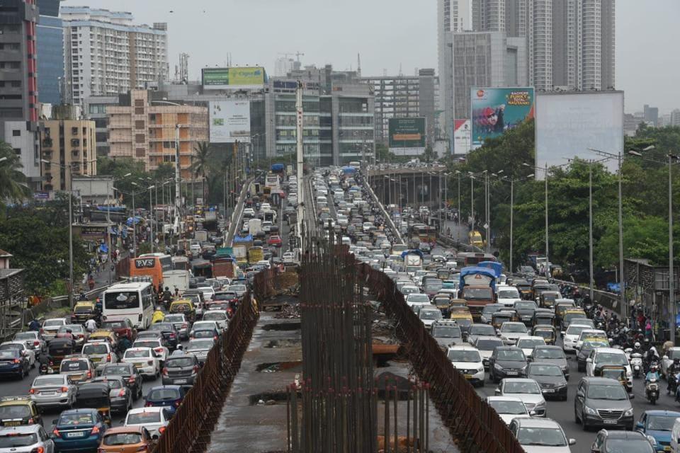 Mumbai,Traffic jams,bridges closed