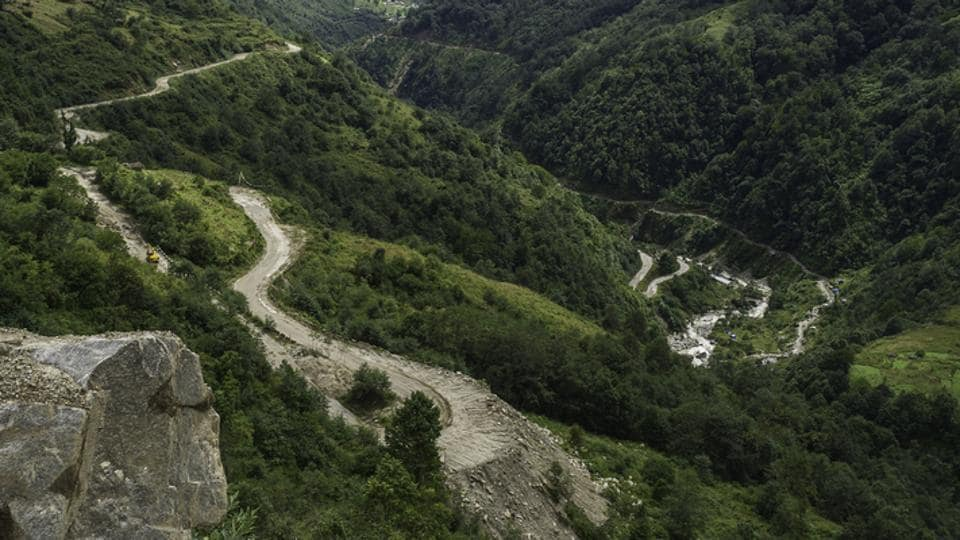 A parallel enquiry has been constituted to look into similar allegations of swindling of compensation from the sanctioned Rs 188 crore in the 120km stretch between Potin to Bopi in Lower Subansiri.