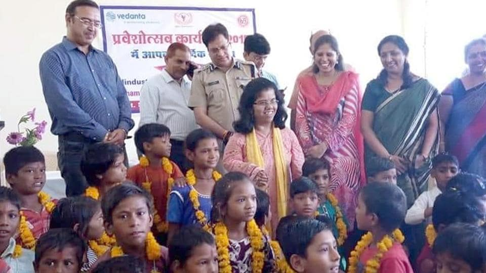 Ajmer district collector Arti Dogra and SP Rajendra Singh with the children at school on Tuesday.