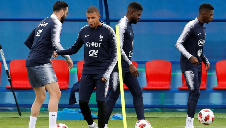 France players train ahead of their FIFA World Cup quarterfinal clash against Uruguay at Nizhny Novgorod Stadium on Friday. (Reuters)