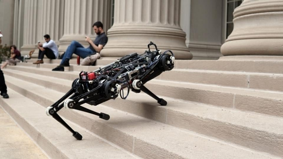 Cheetah 3 robot can climb stairs without vision