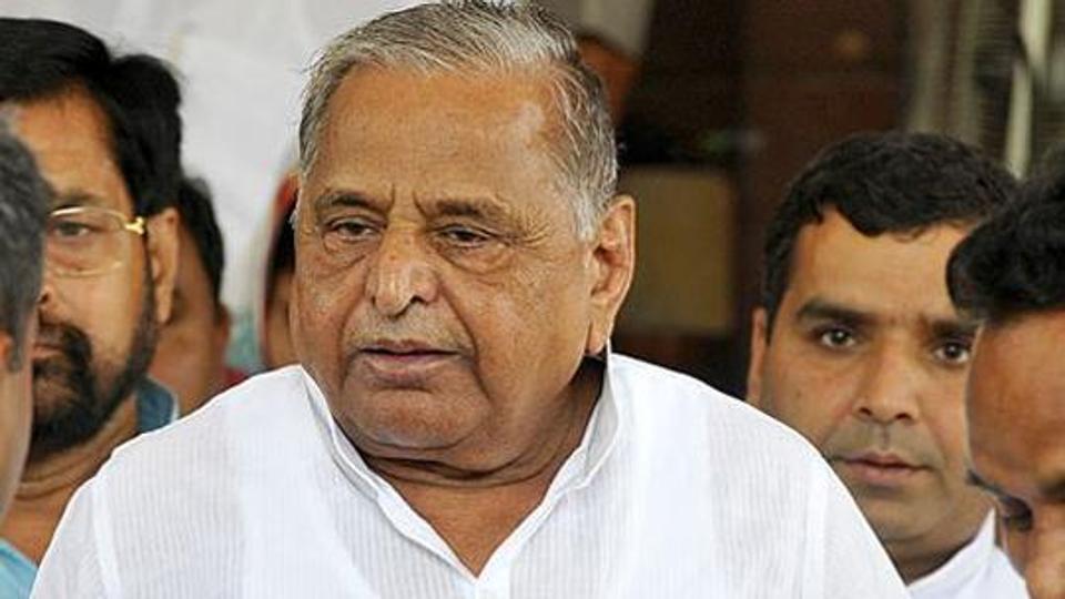 Mulayam Singh Yadav,Uttar pradesh,IPS officer