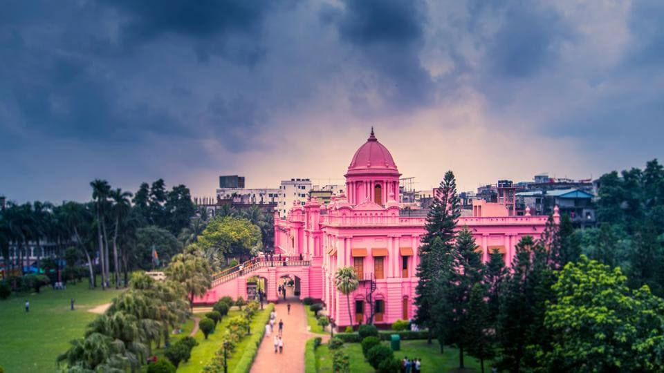 Ahsan Manzil is one of the most attractive historical tourist spots in Dhaka, Bangladesh's capital.