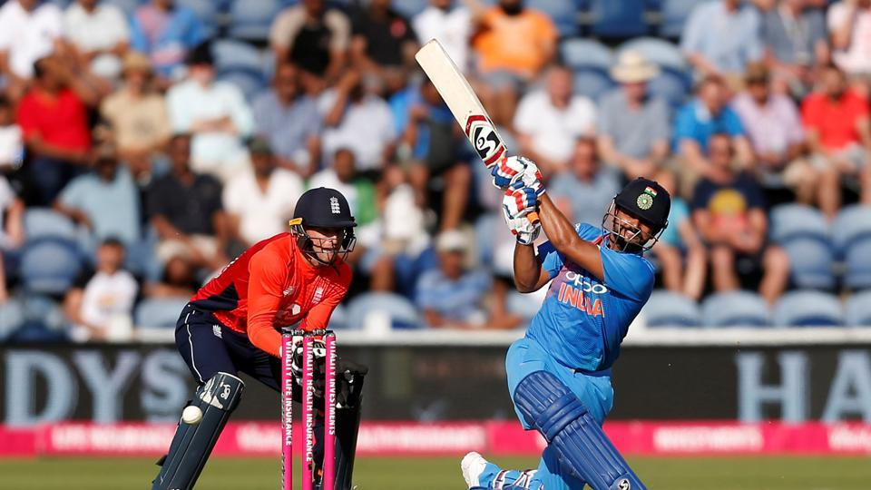 Suresh Raina, along with Virat Kohli, steadied the ship for India with a solid partnership in the middle overs.  (REUTERS)