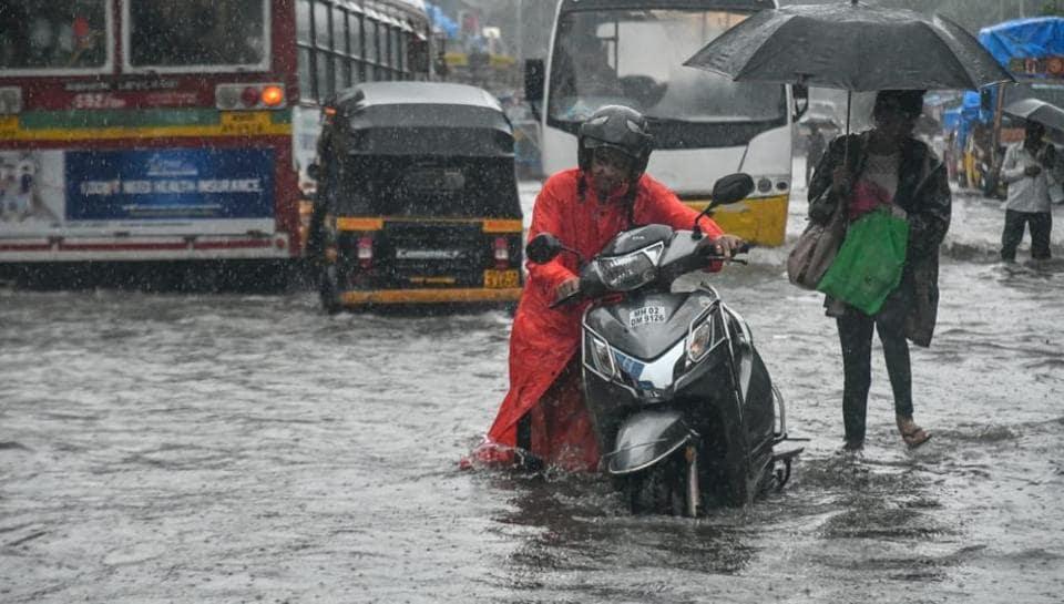 Mumbai rain,Mumbai waterlogging,Mumbai traffic