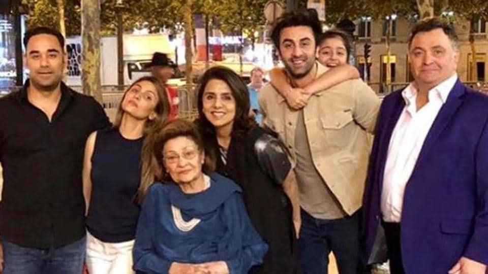 Ranbir Kapoor,Neetu Kapoor birthday,Neetu Kapoor birthday pics