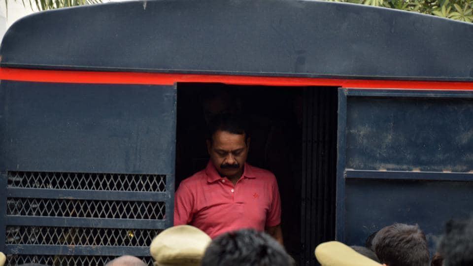 gangster-munna-bajrangi-shot-dead-uttar-pradesh-ja