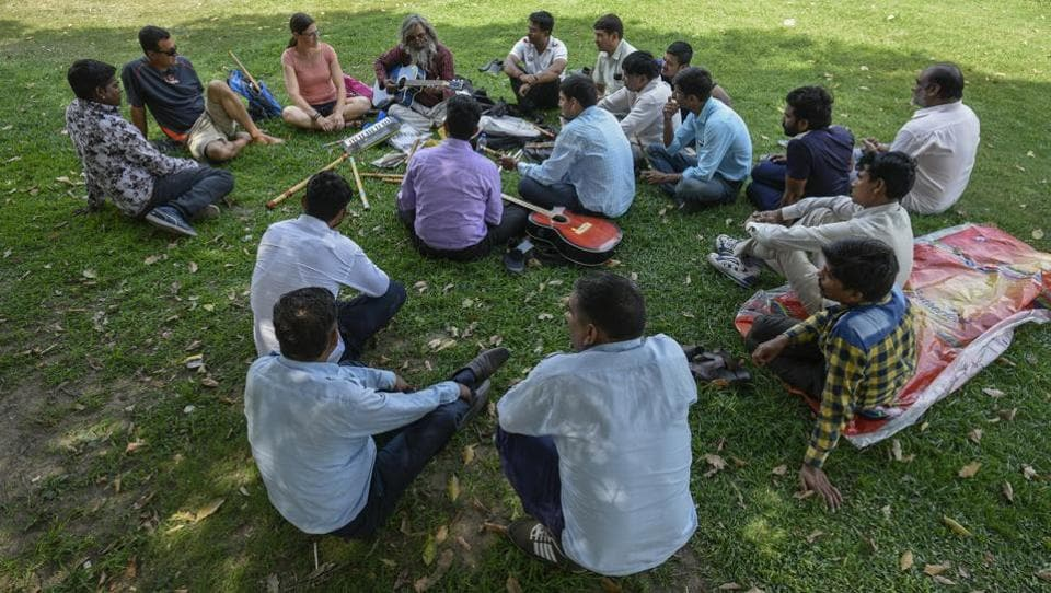 His lessons don't require a studio space and this one man 'Universal Sangeeth Academy' is open to teaching in person, over the phone or social media... whatever helps spread music. If there are more than ten people, the academy says it will come to the students. (Burhaan Kinu / HT Photo)