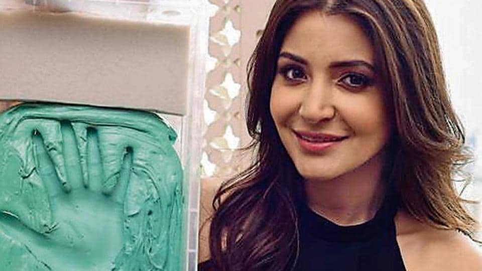 Anushka Sharma,Anushka Sharma talking wax statue,Madame Tussauds