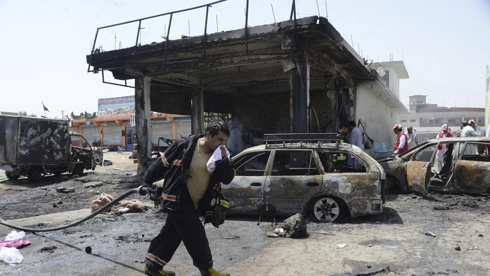 Militants launch attack in Afghanistan,Afghan govt building,attack on Afghan govt building