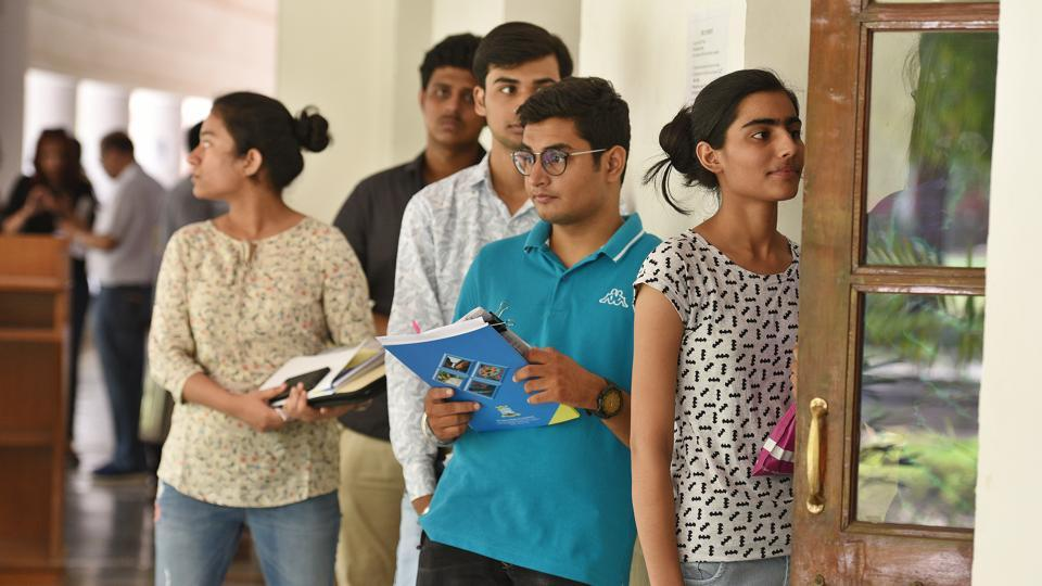 Live: DU fifth cut-off list 2018 released, here are the ...